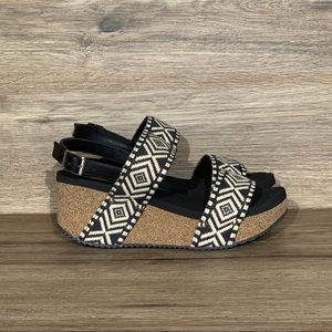 NEW Volatile Loveloop Banded Black Wedge Sandals